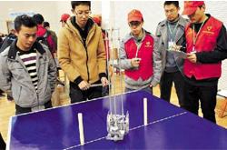 """竞技""""无碳小车""""展示大学生实践创新能力"""