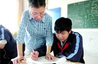 大团中学物理高级教师潘静曼:用热血铸师魂