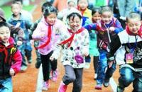 记教育部机关援藏援青干部:真情奉献高原教育