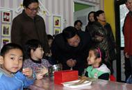 省教育厅厅长张文栋在康乐幼儿园调研