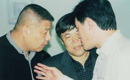 毛吉成(右)与著名相声演员刘惠(左)