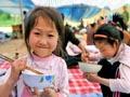 农村学生营养改善计划:学生营养餐校长要陪吃