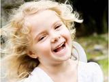 让孩子开朗乐观的8点建议