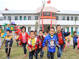 海南落实教育规划纲要采访纪行:椰风海韵竞扬帆