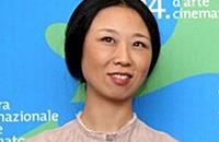 苏大才女设计彭丽媛出访服饰 创新成就国际范