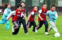 校园足球也需排头兵