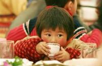 【亲情守护】留守儿童首先需要来自于身边人的......
