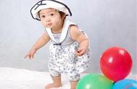 宝宝认生主要是由于他的心理发育所导致