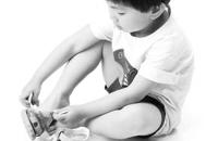 教你怎样给孩子挑双合脚鞋