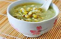 夏日喝绿豆汤一举五得