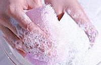 误饮洗涤剂该如何处理
