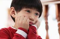 单亲孩子出问题的根源在哪