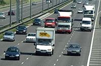 高速公路上的车祸如何预防?