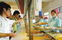沈阳一高校被曝多名学生食堂就餐后腹泻