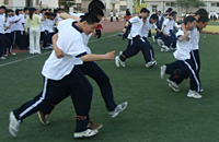 论学校体育活动中发生伤害事故校方法律责任认定
