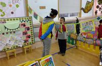 """东四五条幼儿园举办""""国医进校园""""社会性特色活动"""